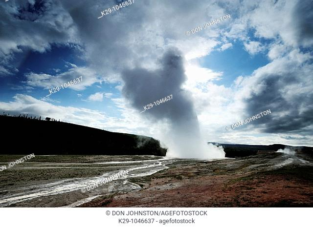 Old Faithful- morning eruption