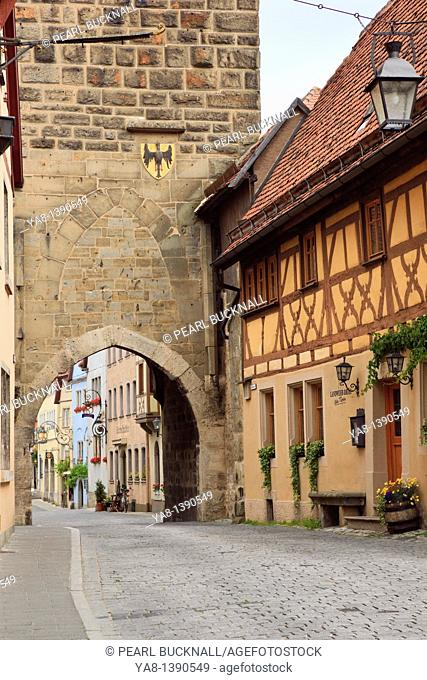 Sptialgasse, Rothenburg Ob der Tauber, Bavaria, Germany, Europe  Half timbered building by 14th century Siebersturm Siebers Tower gate entrance to medieval old...