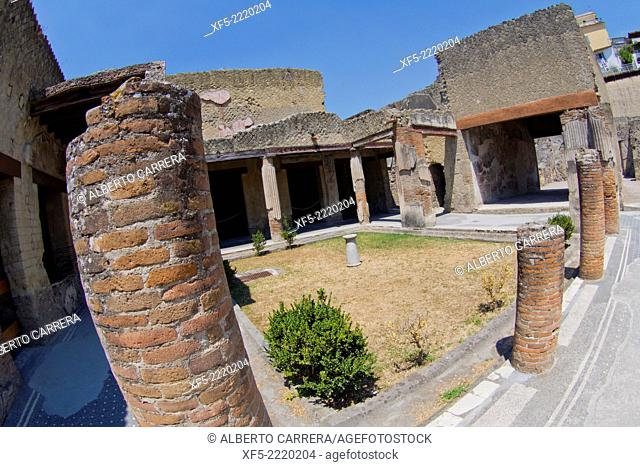 Ruins of Herculaneum, Ancient Roman Ruins, UNESCO Worl Heritage Site, Ercolano, Campania, Italy, Europe