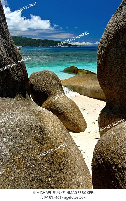 Granite rocks on the Ile de Coco, Seychelles, Africa