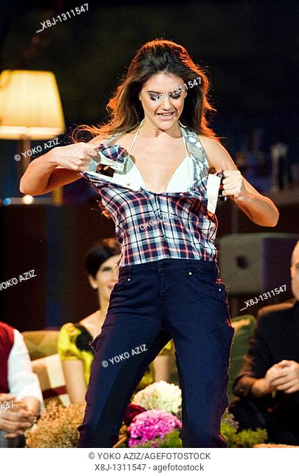 Kalispera telecast Canale 5 Mediaset, 19 01 2011, Milan, Italy  Dancers