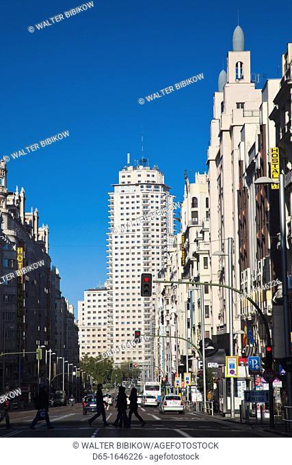 Spain, Madrid, Centro Area, Gran Via looking towards the Torre de Madrid and Plaza de Espana, morning