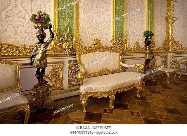 Russia, Near Saint Petersburg, Peterburg, City, Pushkin, Tsarskoye Selo, City, Catherine palace, Palace, interior, sofa