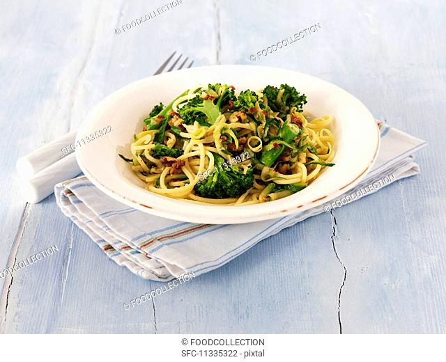 Linguine with broccoli, lemons and walnuts