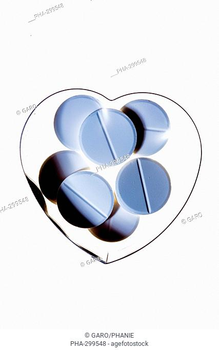 Conceptual image about daily aspirin in prevention of myocardial infarction