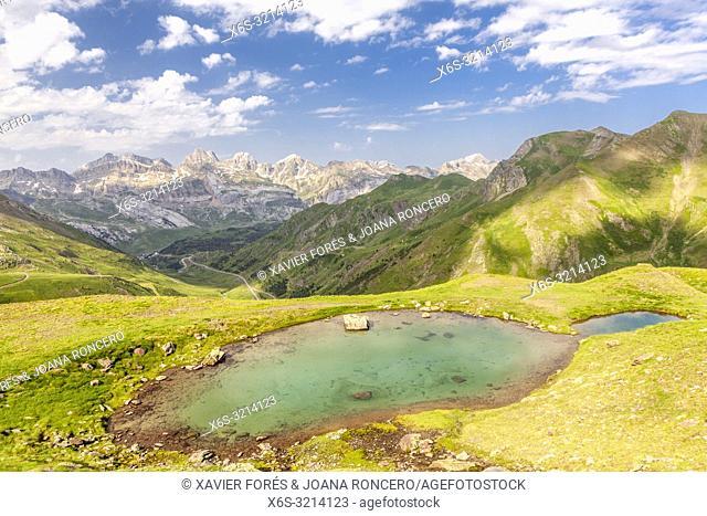 Route to Ibones de Astun, Aragon Valley, Candanchú, HUesca, Spain