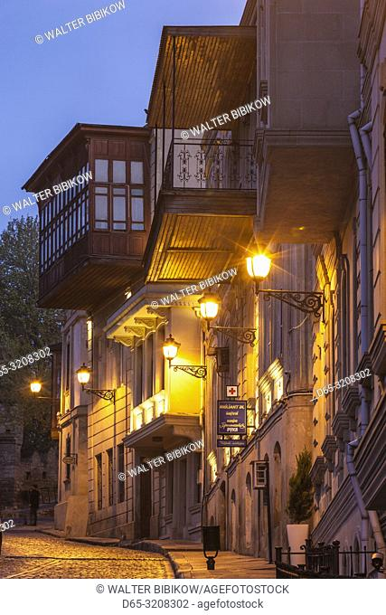 Azerbaijan, Baku, Old City, traditional architecture, dawn