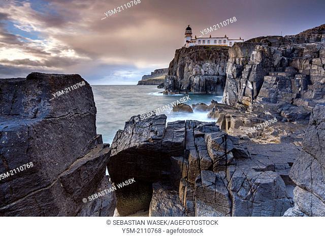 Neist Point Lighthouse, Isle of Skye, Inner Hebrides, Scotland, UK, Europe