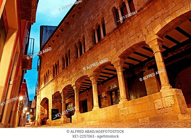 Arcades, sunset, Besalu, Catalonia, Spain