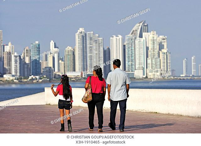 Paseo Esteban Huertas, promenade built atop the old city's outer wall, Casco Antiguo the historic district of Panama City with the skyline of the new city...