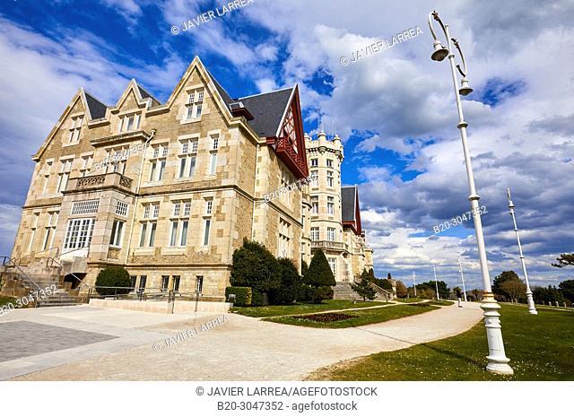 Universidad Internacional Menéndez Pelayo, Palacio and Península de la Magdalena, Santander, Cantabria, Spain, Europe
