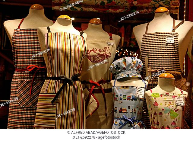 Showcase mannequins and aprons, Barcelona, Catalonia, Spain