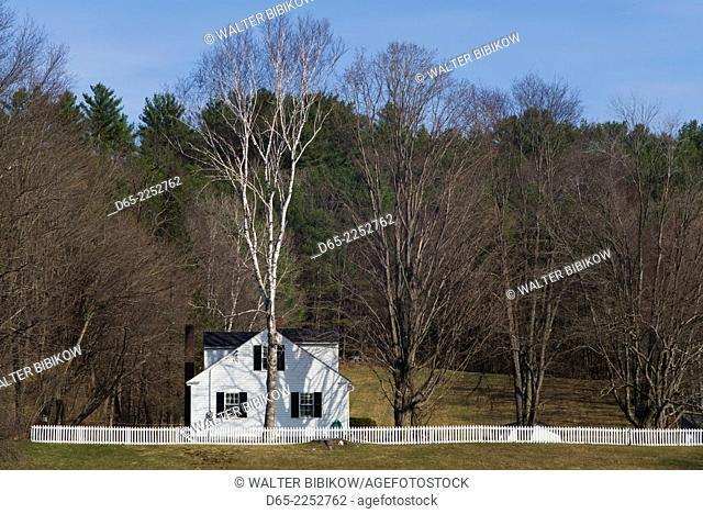 USA, New Hampshire, Orford, one of the seven Ridge Federalist-style houses