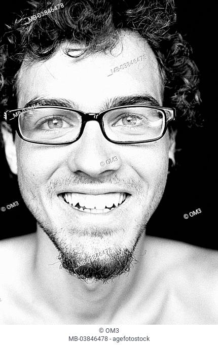 Climbers, Matthias Woitzuck, portrait, s/w, broached, personality-rights, series, heed people, men's-portrait man young, smiles, glasses, chin-beard