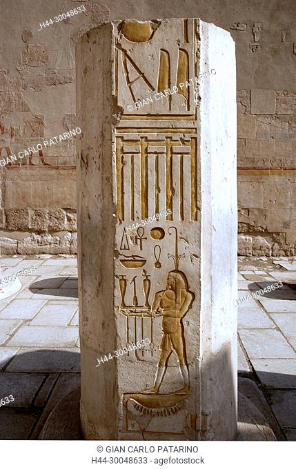 Deir el Bahari, Luxor, Egypt: temple of the queen Hatshepsut (New Kingdom 1567-1080 b.C.) at Deir el Bahari called Djeser-Djeseru. a sculpted column