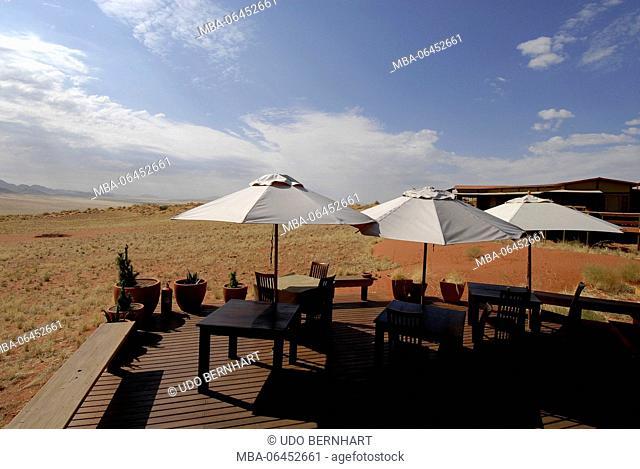 Africa, Namibia, NamibRand Nature Reserve, Wolwedane Dunes lodge, terrace