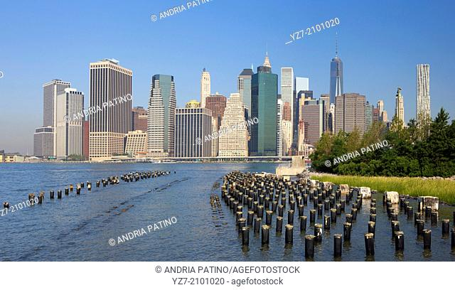 Downtown Manhattan Skyline from the Brooklyn Bridge Park, Brooklyn, NY, USA