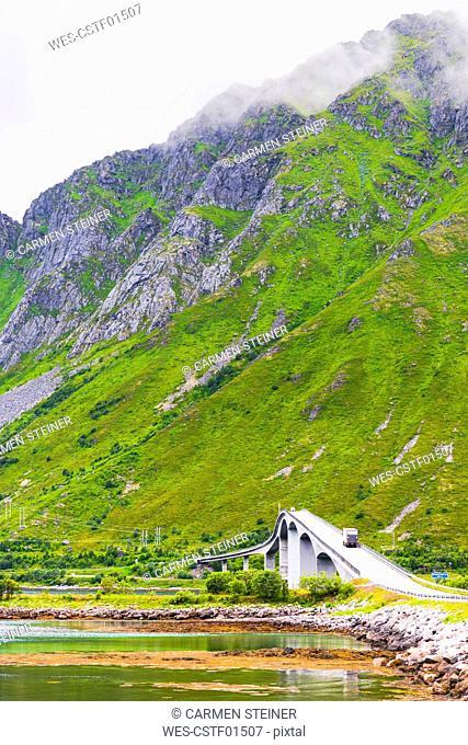 Norway, Nordland, Lofoten, E 10, Fredvang Bridge over Sundklakkstaumen