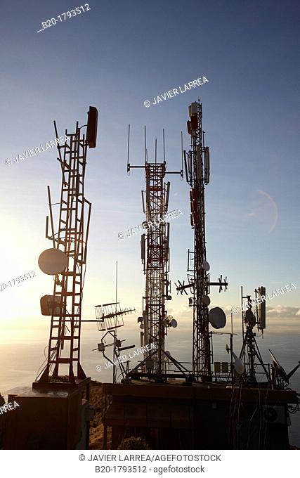 Telecommunication antennas, Mirador de la Concepción, Santa Cruz de La Palma, La Palma, Canary Island, Spain