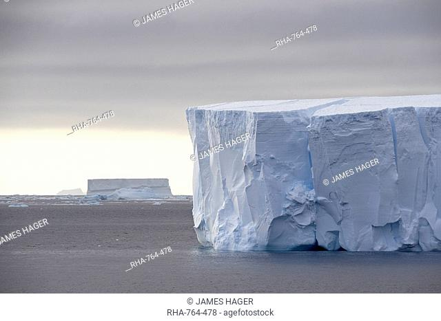 Tabular Iceberg, Antarctic Peninsula, Antarctica, Polar Regions
