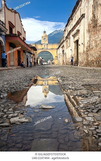 Guatemala, Antigua, Santa Catarina arch