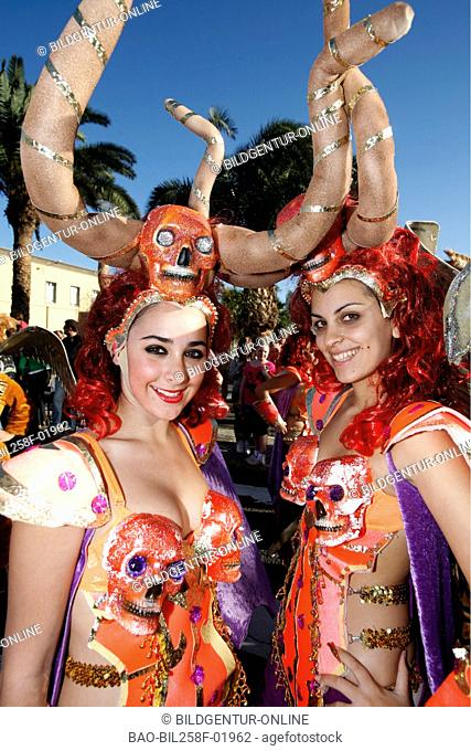 A woman in the carnival of reading Palmas of the capital the insel grain Canaria on the Canary islands in the Atlantic, Spain