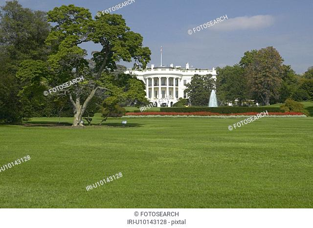 The White House South Lawn with Truman Balcony