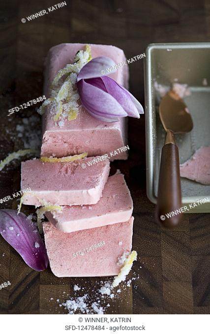 Raspberry magnolia parfait with lemon