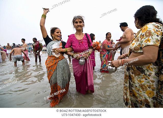 Having fun at the gangasagar mela in West Bengal, India