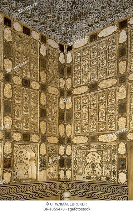 Sheesh Mahal or Palace of Mirrors, Amber Fort, Jaipur, Rajasthan, India, South Asia