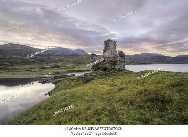Ardvreck Castle, Loch Assynt, Sutherland, Scotland, United Kingdom