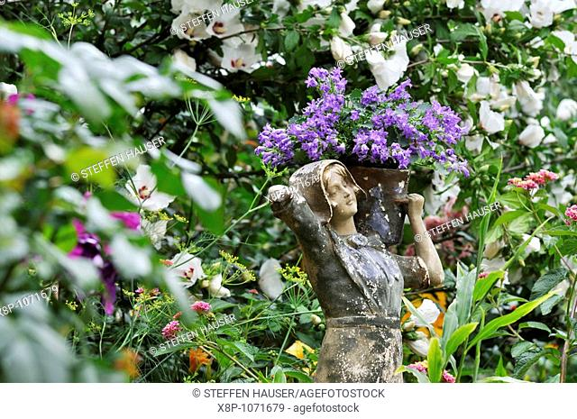 Female figure with bellflower Campanula  Design: Jutta Wahren