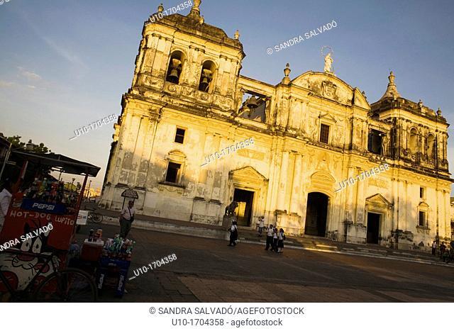 Leon Cathedral, Basilica de la Asuncion, Leon, Nicaragua, Central America
