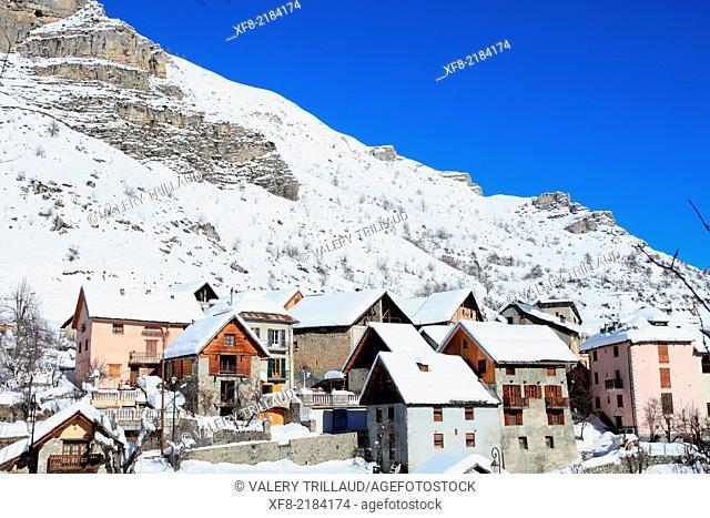 The village of Saint Dalmas le Selvage, Alpes-Maritimes, Mercantour national park, Provence-Alpes-Côte d'Azur, France