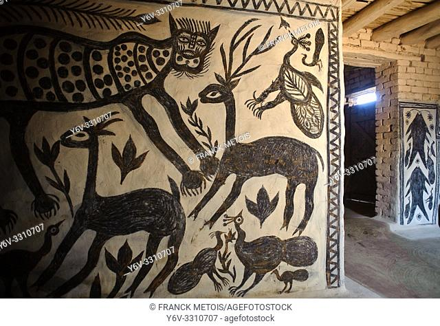 Mural painting in the Hazaribagh region ( Jharkhand, India). This art form is called Khovar. Khovar art is practised by low caste and tribal women living in...