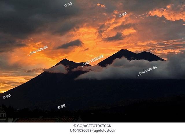 Guatemala, view of Volcan de Fuego and Acatenango, sunset