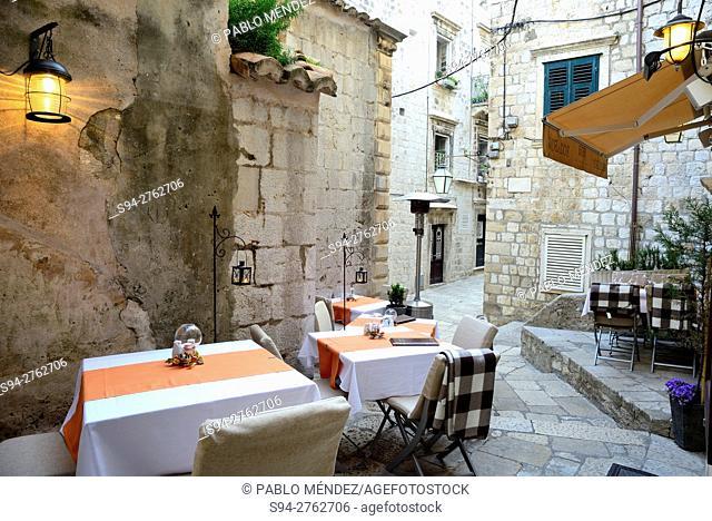 """Corner in the Old Town """"""""Stari Grad"""""""" of Dubrovnik, Croatia"""