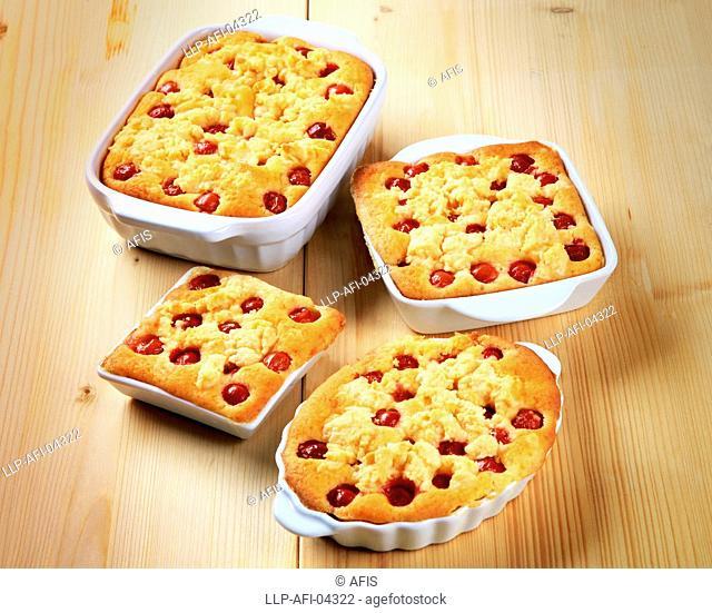 Cherry sponge cakes