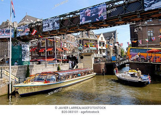 Rokin canal. Amsterdam, Netherlands