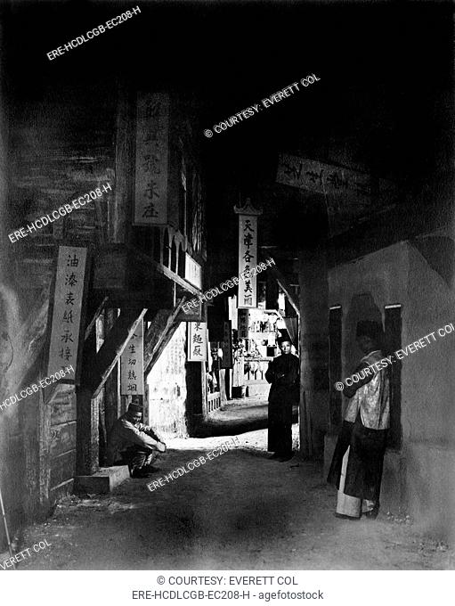 Los Angeles, three people in an alley, original title: 'Neighbors of the Alley', Chinatown, California, 1922