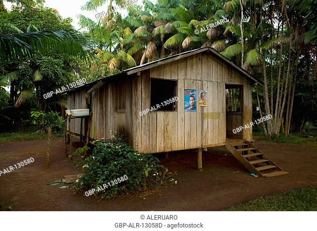 Houses, Forest, Terra Preta Community, Cuieiras River, Amazônia, Manaus, Amazonas, Brazil