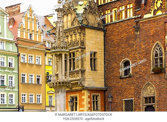 Old town, Main Square, details of City hall, Wroclaw, Poland, Europe