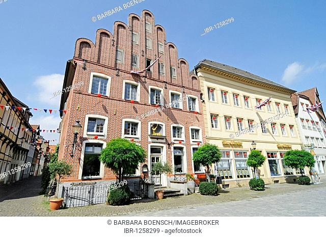 Market square, historic centre, Warendorf, Muensterland region, North Rhine-Westphalia, Germany, Europe