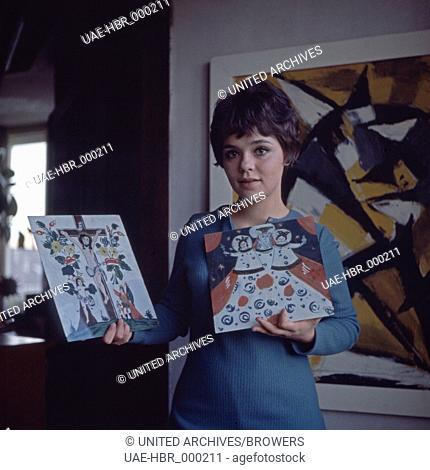 Die deutsche Schauspielerin Simone Rethel, Deutschland 1960er Jahre. German actress Simone Rethel, Germany 1960s. 6x6Dia18a