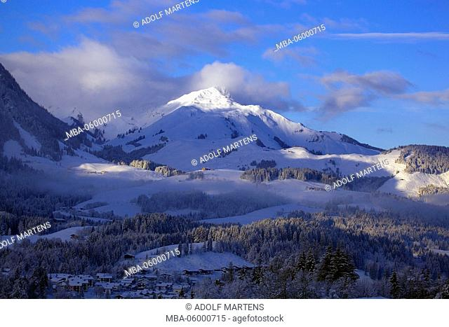 View at the snow-covered mountains around Fieberbrunn, Tyrol, Austria, alps, winters