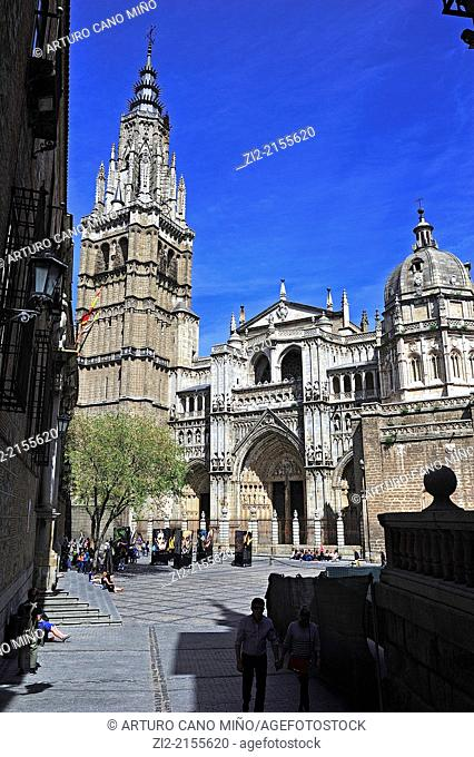 The Primate Cathedral of Saint Mary, Gothic, XIII-XV centuries, main façade, Toledo, Spain