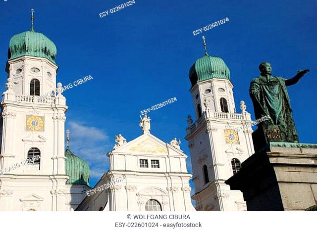 Denkmal König Max I Joseph von Bayern St. Stephan Stephansdom Bistum Diözese Passau