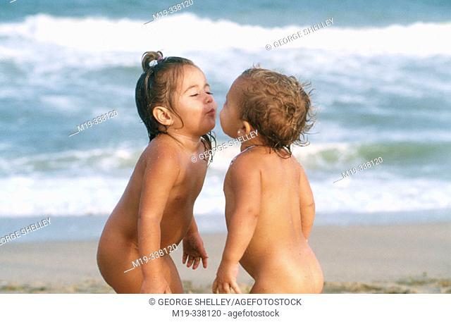 a kiss at the beach