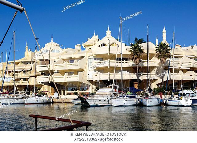 Benalmadena Costa, Costa del Sol, Malaga Province, Andalusia, southern Spain. Leisure craft in Benalmadena Marina. Puerto Deportivo. Luxury property