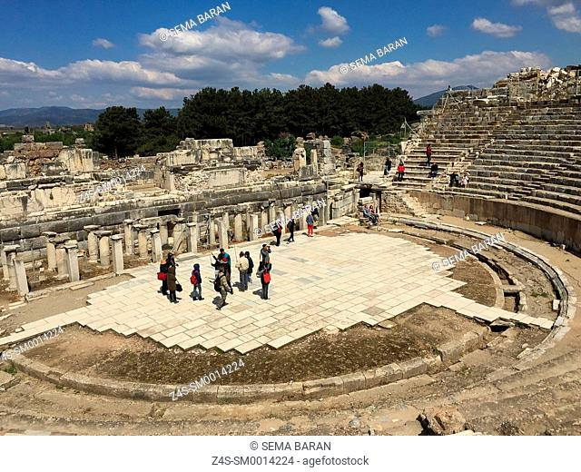 Tourists in Great Theatre at the Roman ruins of Ephesus, Efes, Selcuk, Kusadasi, Turkey, Europe